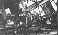Тот же самый прототип LACAB GR.8 в разрушенном немецкими бомбами ангаре, май 1940 г. Самолёт пострадал не меньше чем в первый раз и его больше не восстанавливали