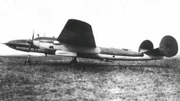 Опытный дальний высотный бомбардировщик ДВБ-102М-120ТК (вид сбоку)