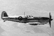 """Supermarine """"Spitfire"""" Mk.IX из состава No.32 Squadron RAF, 1943 г."""