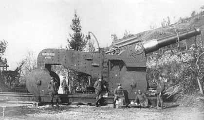 Тяжелая 305-мм полевая гаубица Obice 305/17 mod.1917 на огневой позиции, 1917 г.