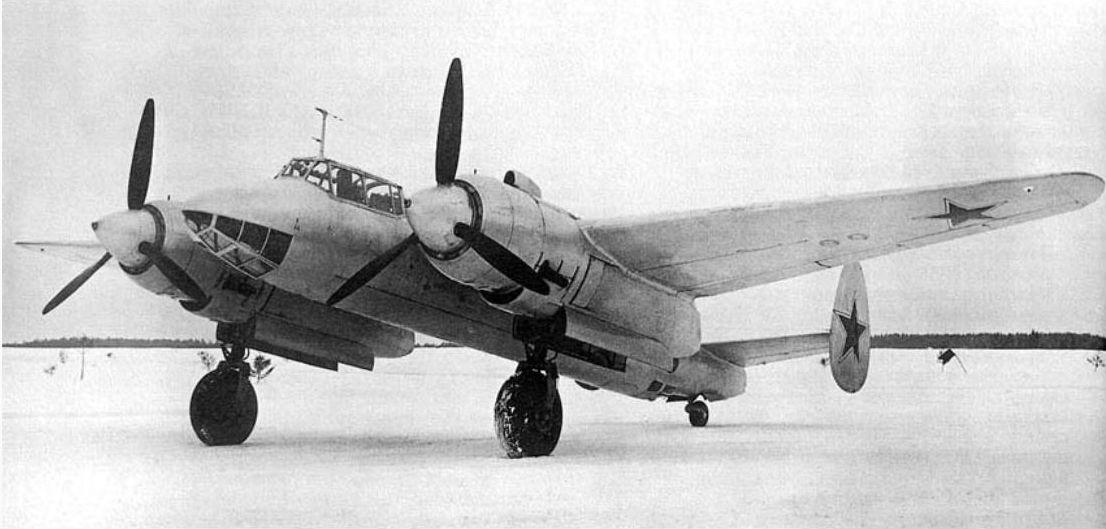 Серийный бобмардировщик Ту-2С