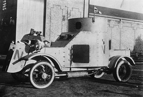Бронеавтомобиль Delaunay-Belleville (фотография датируется 1915 г.)