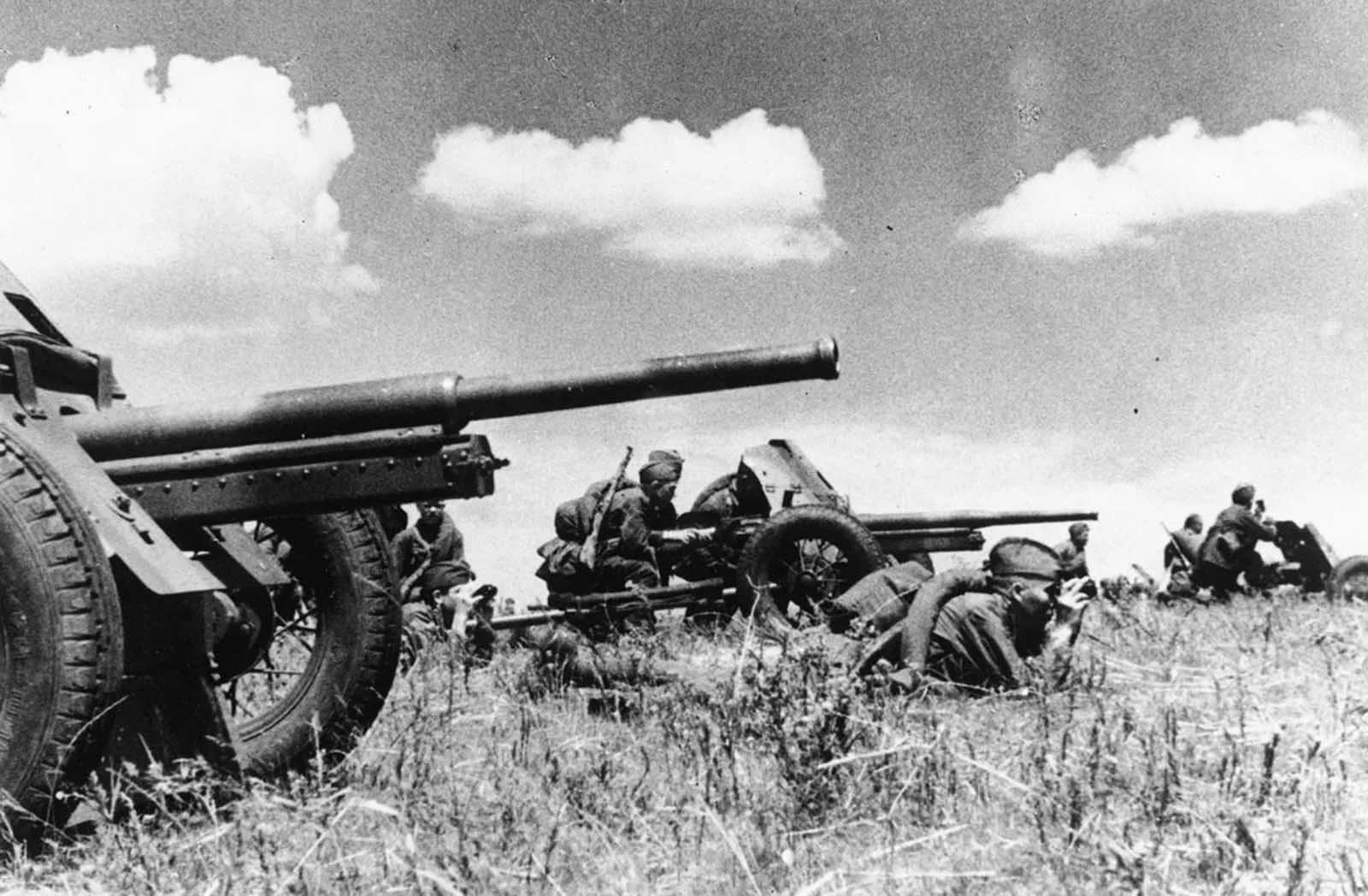 1942 года 26-ой дивизион поставили реверсы на «полный вперед»